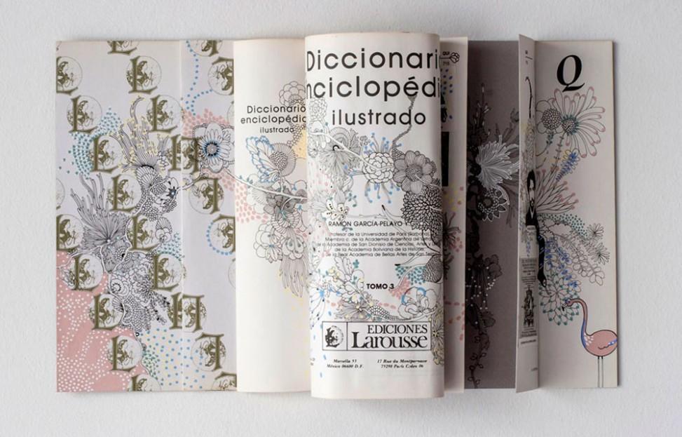 Laura-Riolfi-Enciclopedia-intervenida-para-Petit-Gallerie-01